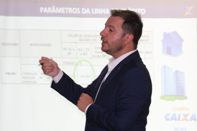 Caixa apresenta linhas de financiamento para contemplados do Residencial Morro Azul