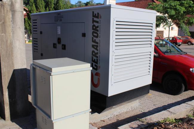 Gerador de energia elétrica é instalado no Centro de Saúde