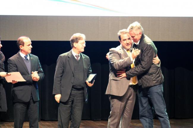Harmonia é premiada na 2ª edição do Prêmio Boas Práticas da Famurs