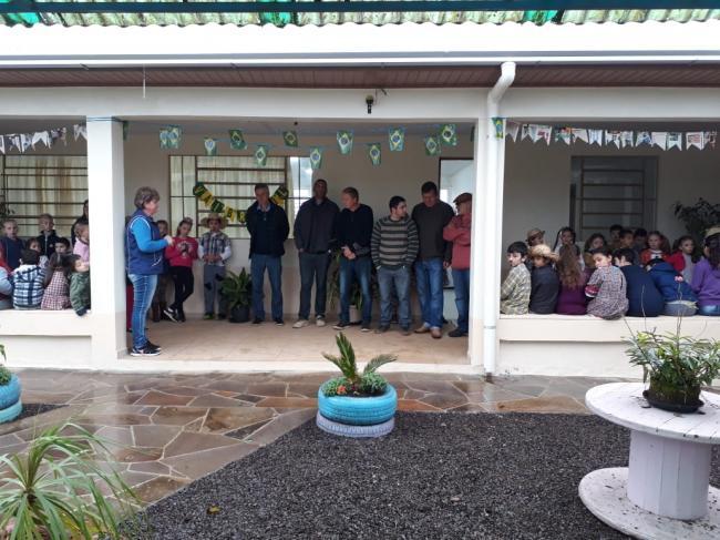 Novas salas entregues à EMEF Castro Alves