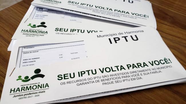 Carnês do IPTU estarão disponíveis para retirada a partir de terça na Prefeitura