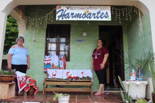 Grupo HarmoArtes recebe doações