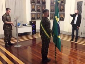 Prefeito toma posse como presidente da Junta Militar da cidade