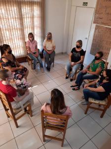 Grupo de mulheres teve bate-papo em alusão ao Outubro Rosa