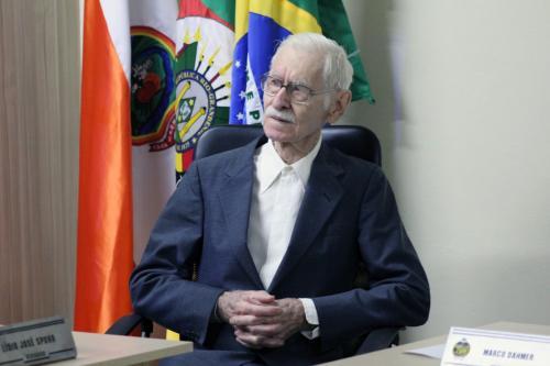 Celestino Morschel é homenageado como cidadão benemérito