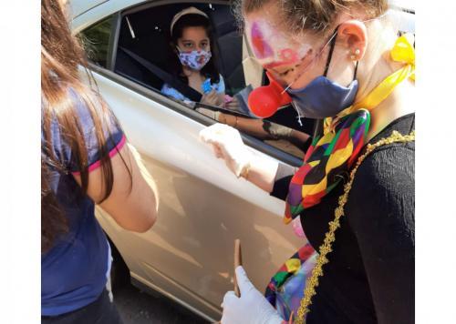 Emef Prudente de Moraes teve drive-thru pelo Dia das Crianças