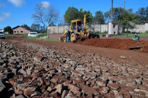 Seguem as obras do asfalto entre São Benedito e Saudades