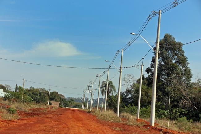 Prefeitura investiu mais de R$ 145 mil em junho, na instalação da rede de alta e baixa tensão na área